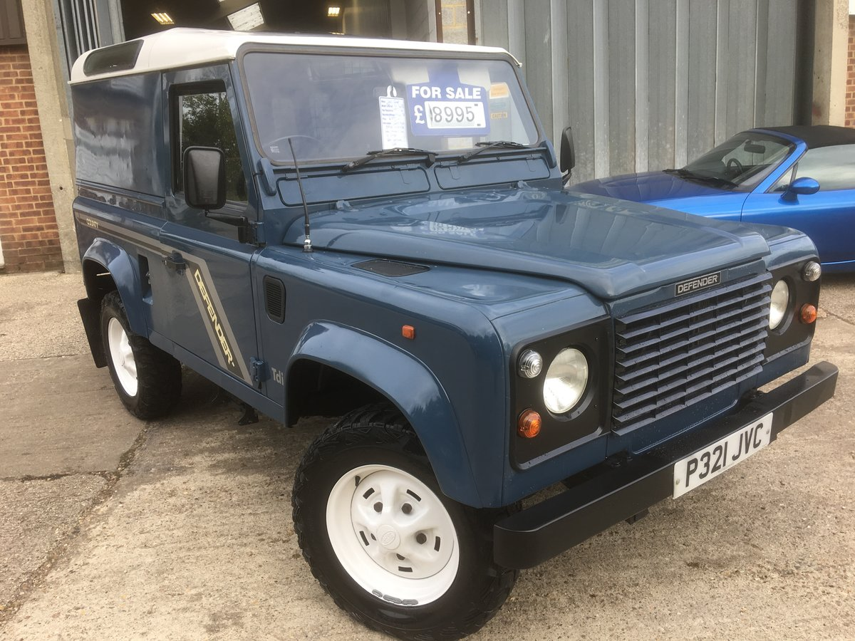1996 Land rover defender 90 300 tdi county For Sale (picture 1 of 6)