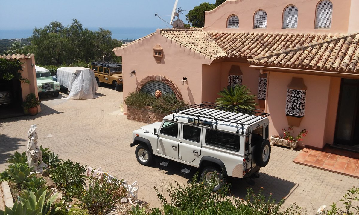 Land Rover Defender 110 Tdi     1996  For Sale (picture 4 of 6)