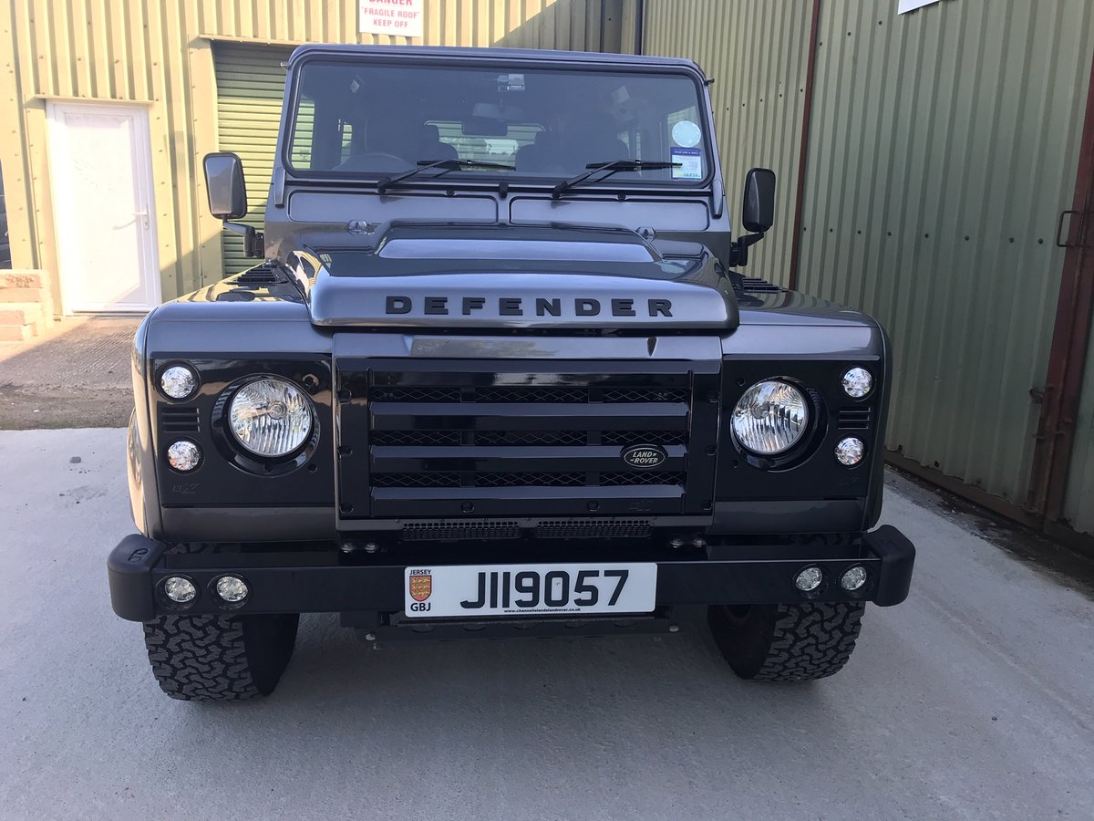 2014 Land Rover Defender Urban Truck I owner 4213 miles as new For Sale (picture 2 of 6)