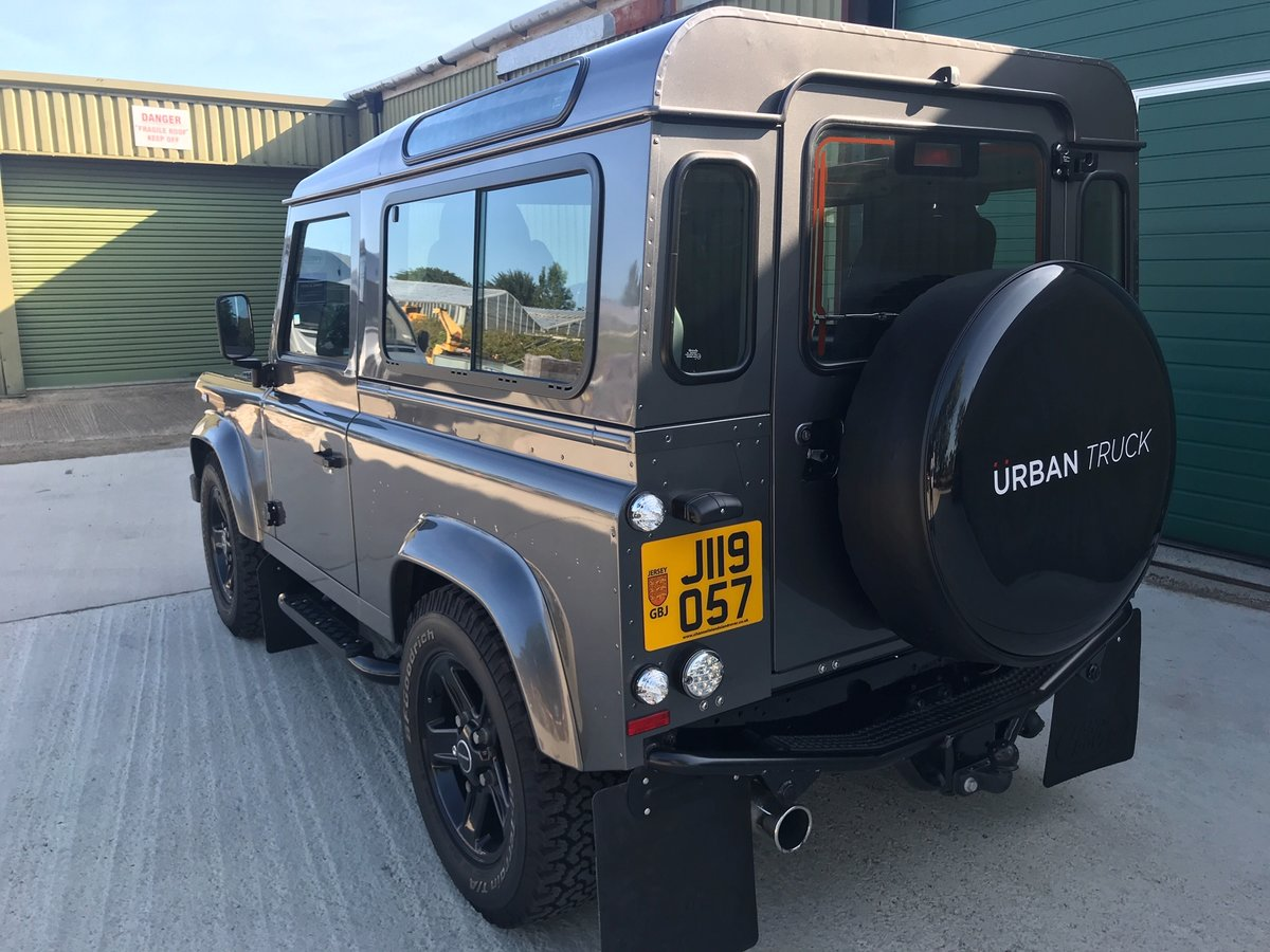 2014 Land Rover Defender Urban Truck I owner 4213 miles as new For Sale (picture 3 of 6)