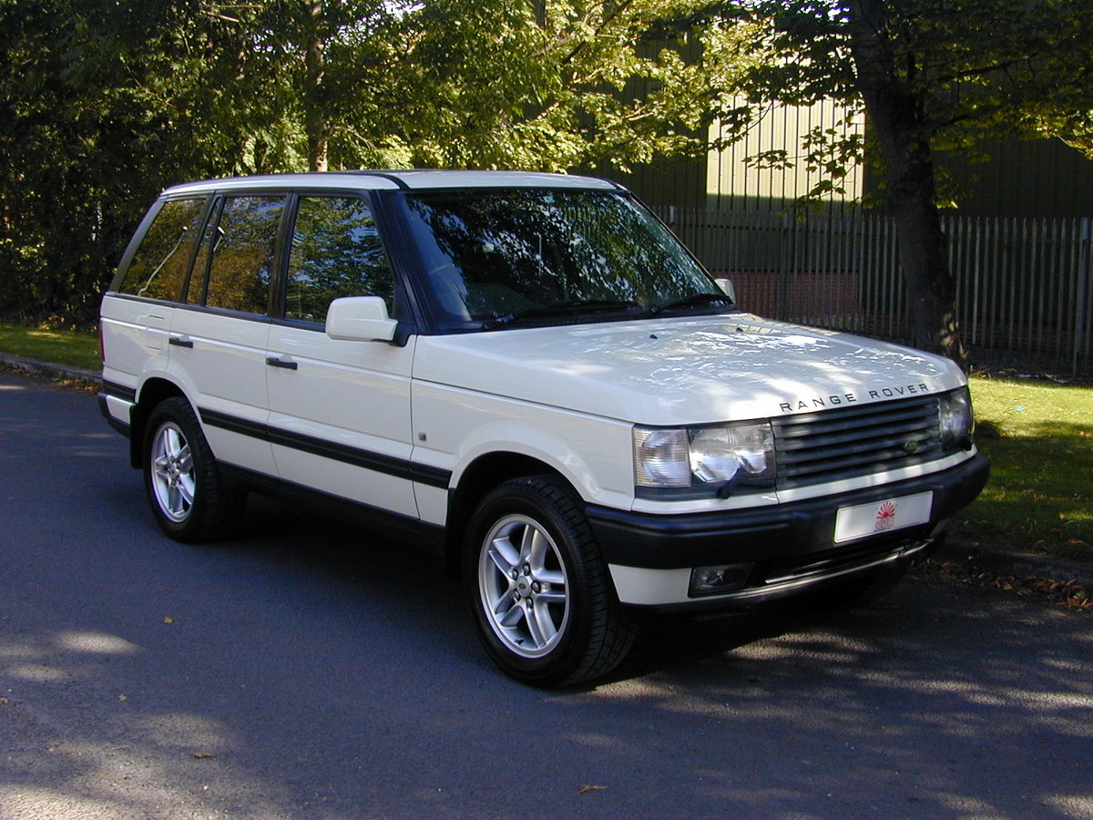2000 RANGE ROVER P38 4.6 HSE RHD - COLLECTOR QUALITY! For Sale (picture 1 of 6)