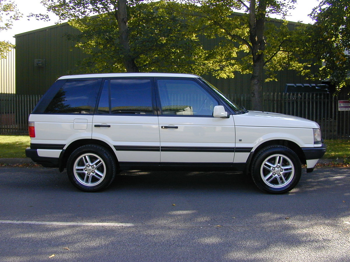 2000 RANGE ROVER P38 4.6 HSE RHD - COLLECTOR QUALITY! For Sale (picture 2 of 6)