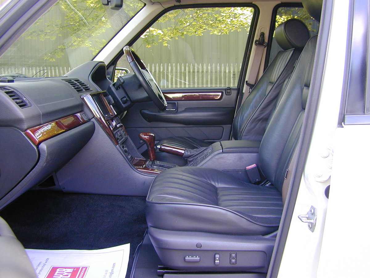 2000 RANGE ROVER P38 4.6 HSE RHD - COLLECTOR QUALITY! For Sale (picture 4 of 6)