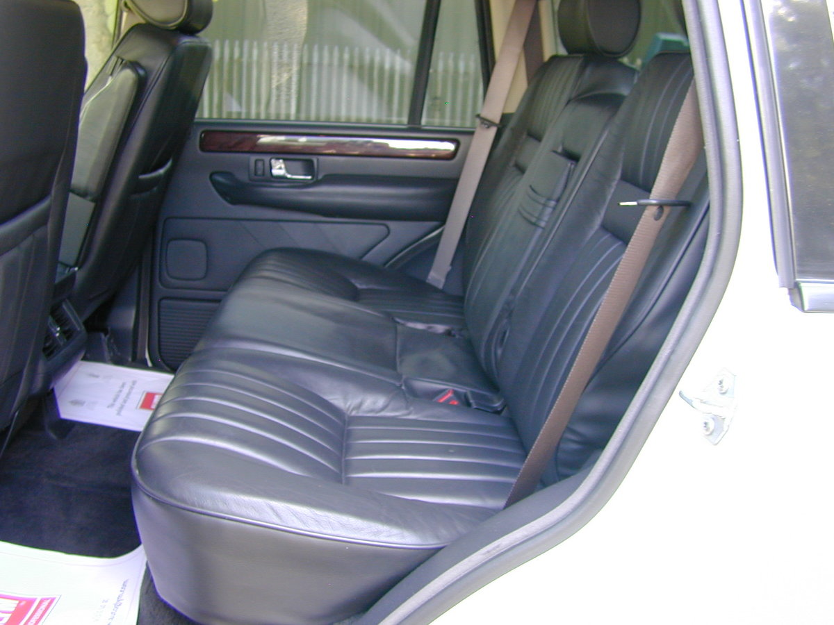 2000 RANGE ROVER P38 4.6 HSE RHD - COLLECTOR QUALITY! For Sale (picture 5 of 6)