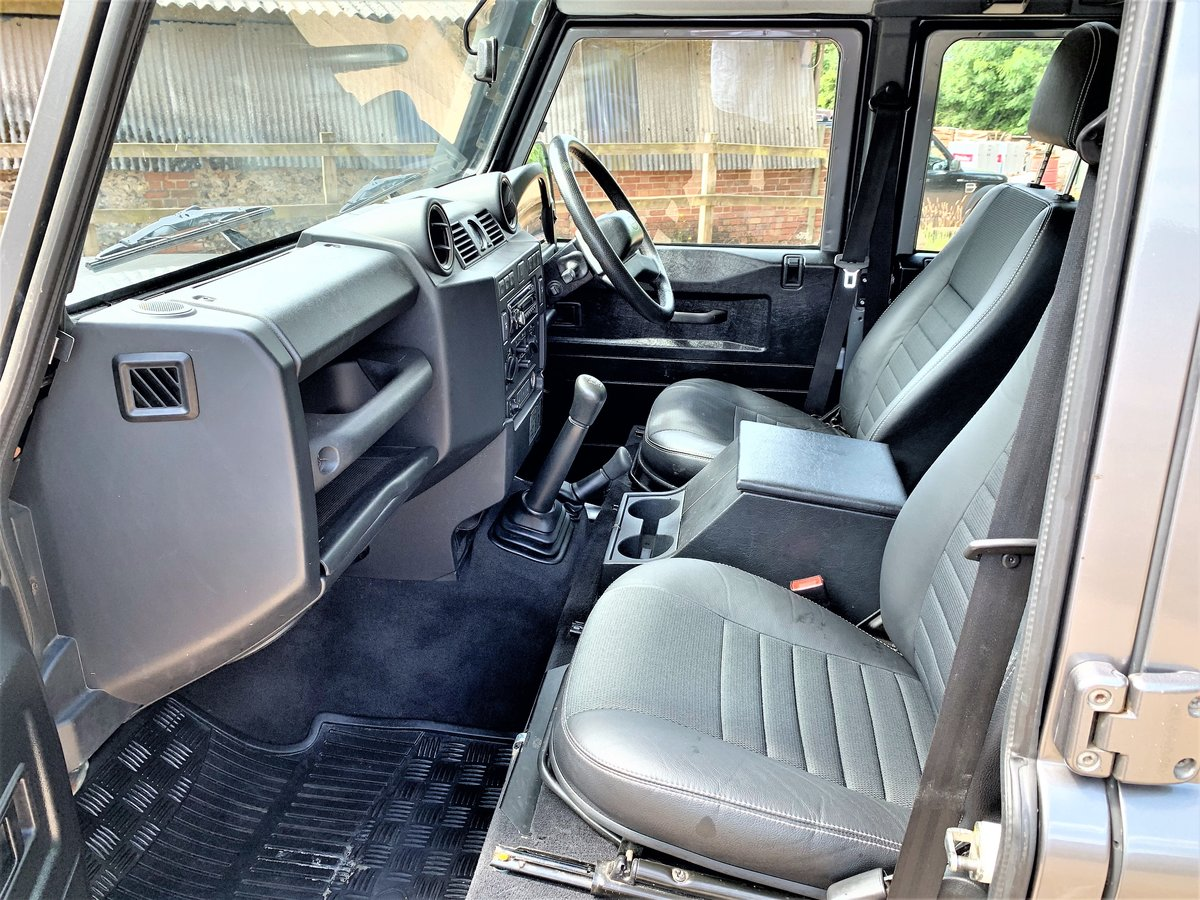 2008 high spec 08/58 Defender 110 TDCi XS utility+85000m 2 owner SOLD (picture 3 of 6)