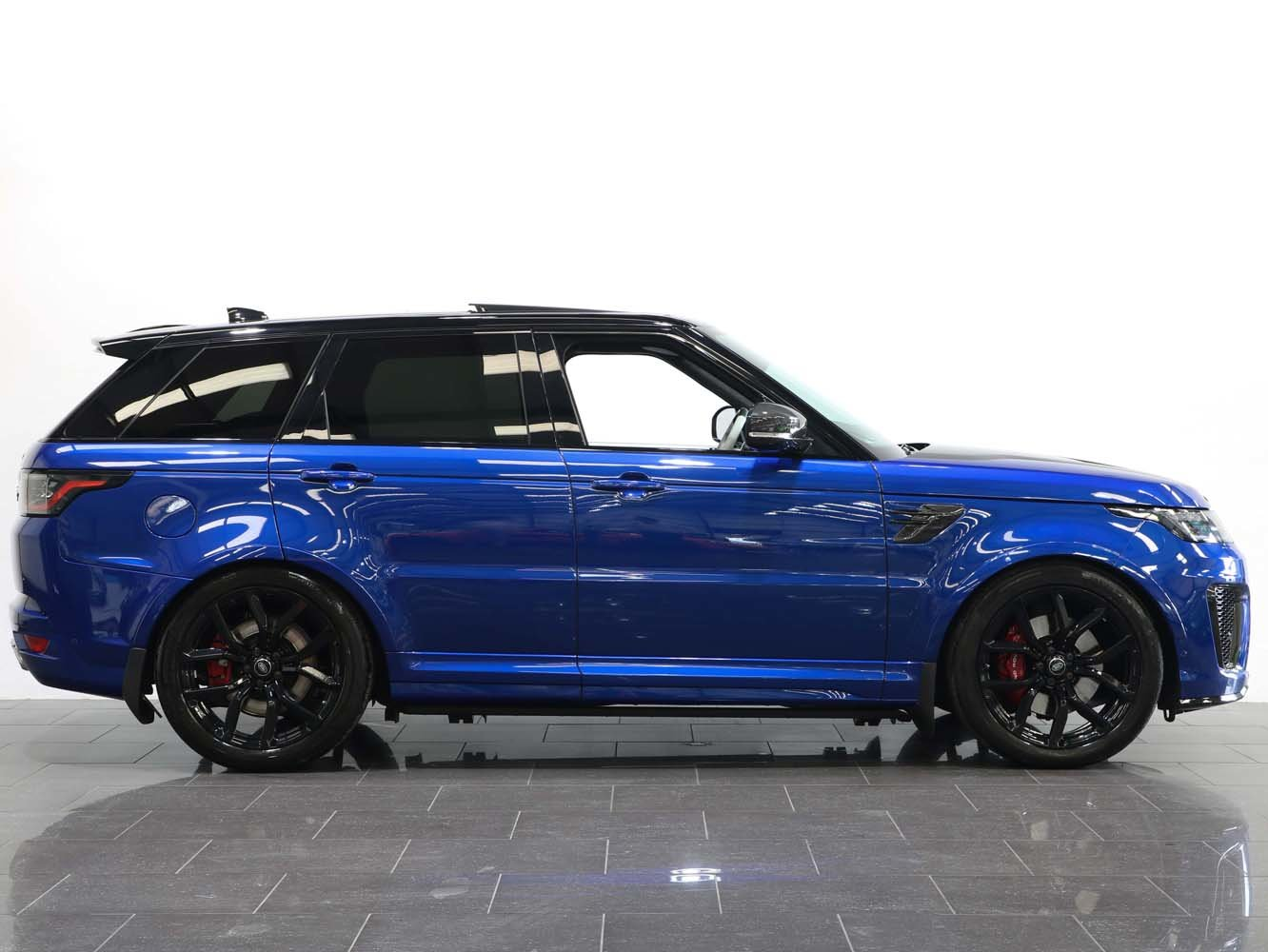 2019 19 69 RANGE ROVER SPORT 5.0 V8 SUPERCHARGED SVR AUTO For Sale (picture 2 of 6)