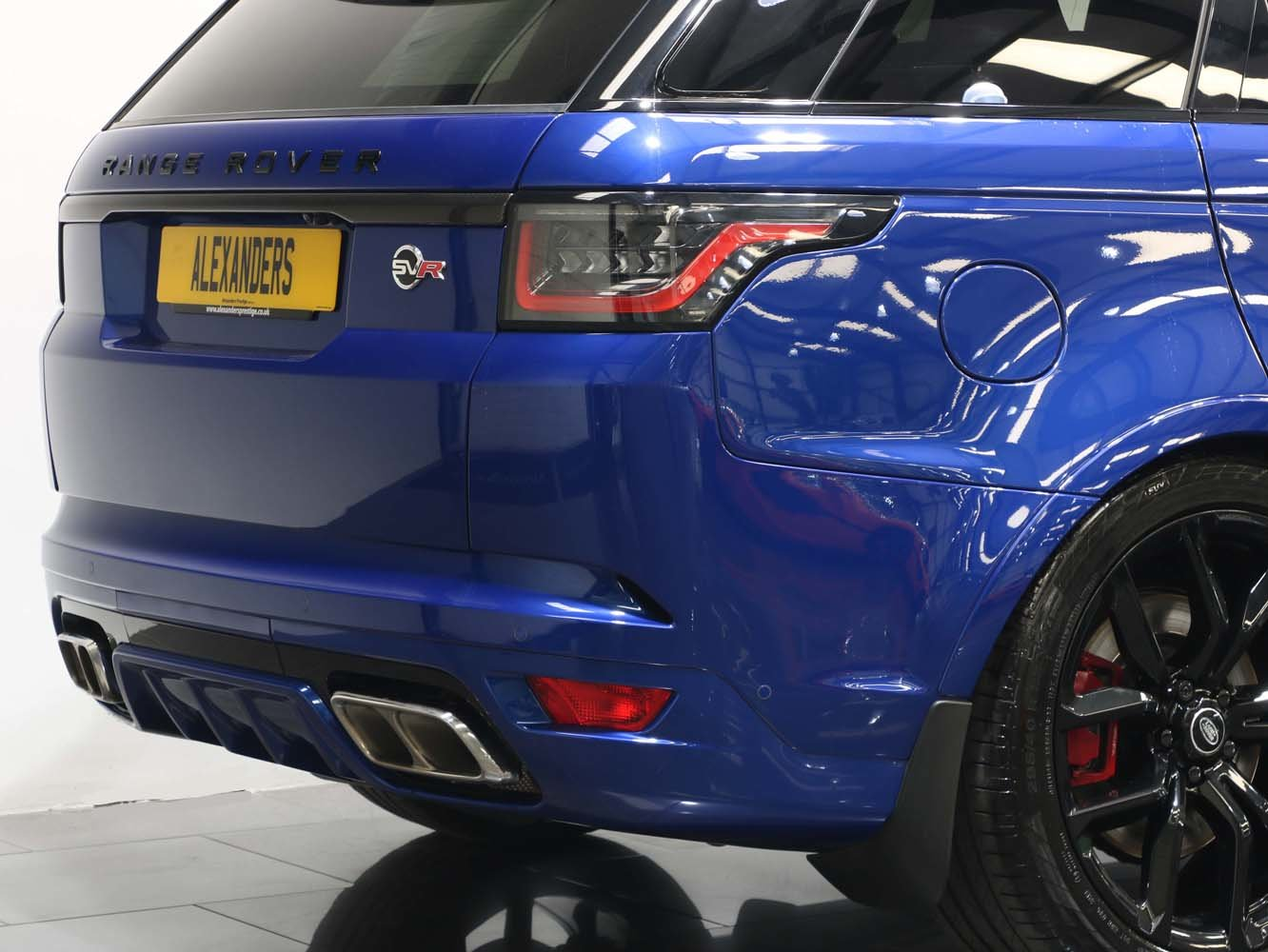 2019 19 69 RANGE ROVER SPORT 5.0 V8 SUPERCHARGED SVR AUTO For Sale (picture 3 of 6)
