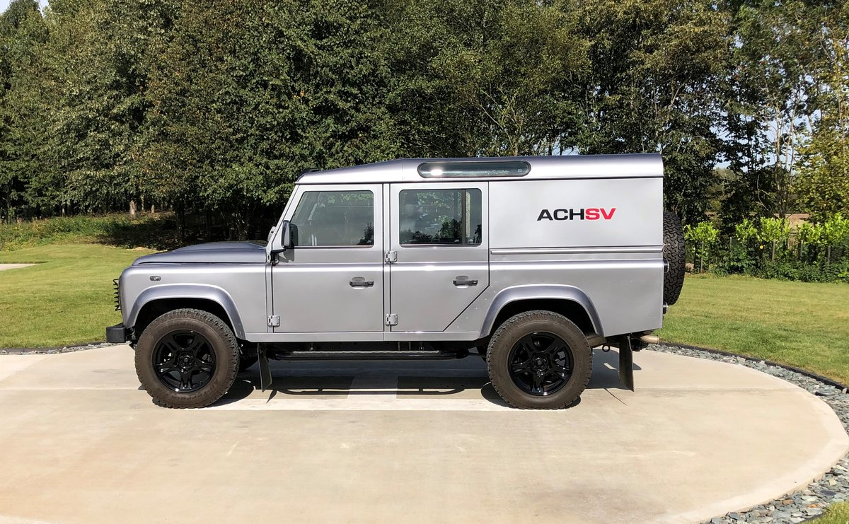 2013 Land Rover Defender 110 XS Utility  For Sale (picture 4 of 5)