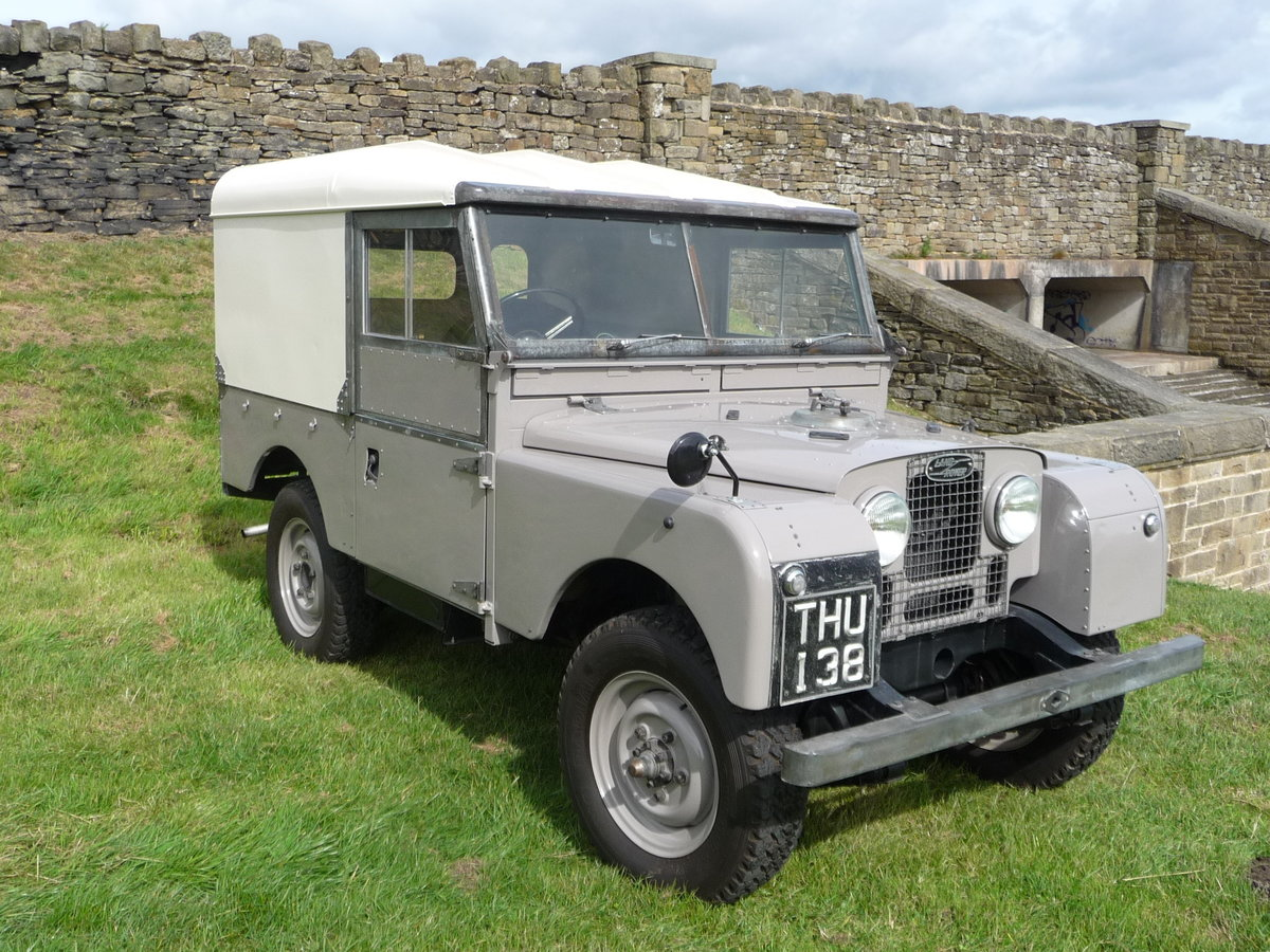 1954 LAND ROVER SERIES 1 – AN ABSOLUTE DELIGHT ! For Sale (picture 1 of 10)