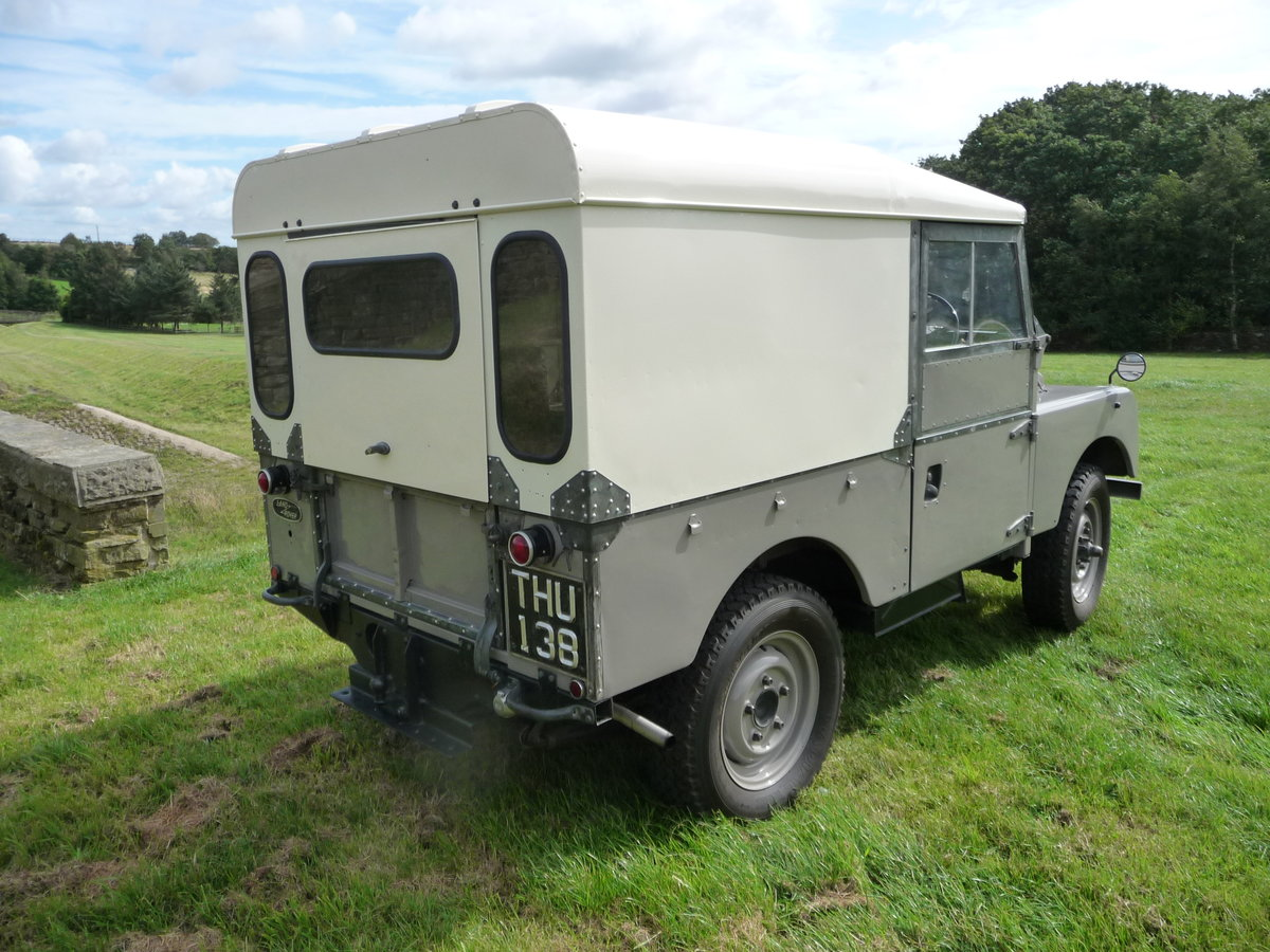1954 LAND ROVER SERIES 1 – AN ABSOLUTE DELIGHT ! For Sale (picture 2 of 10)