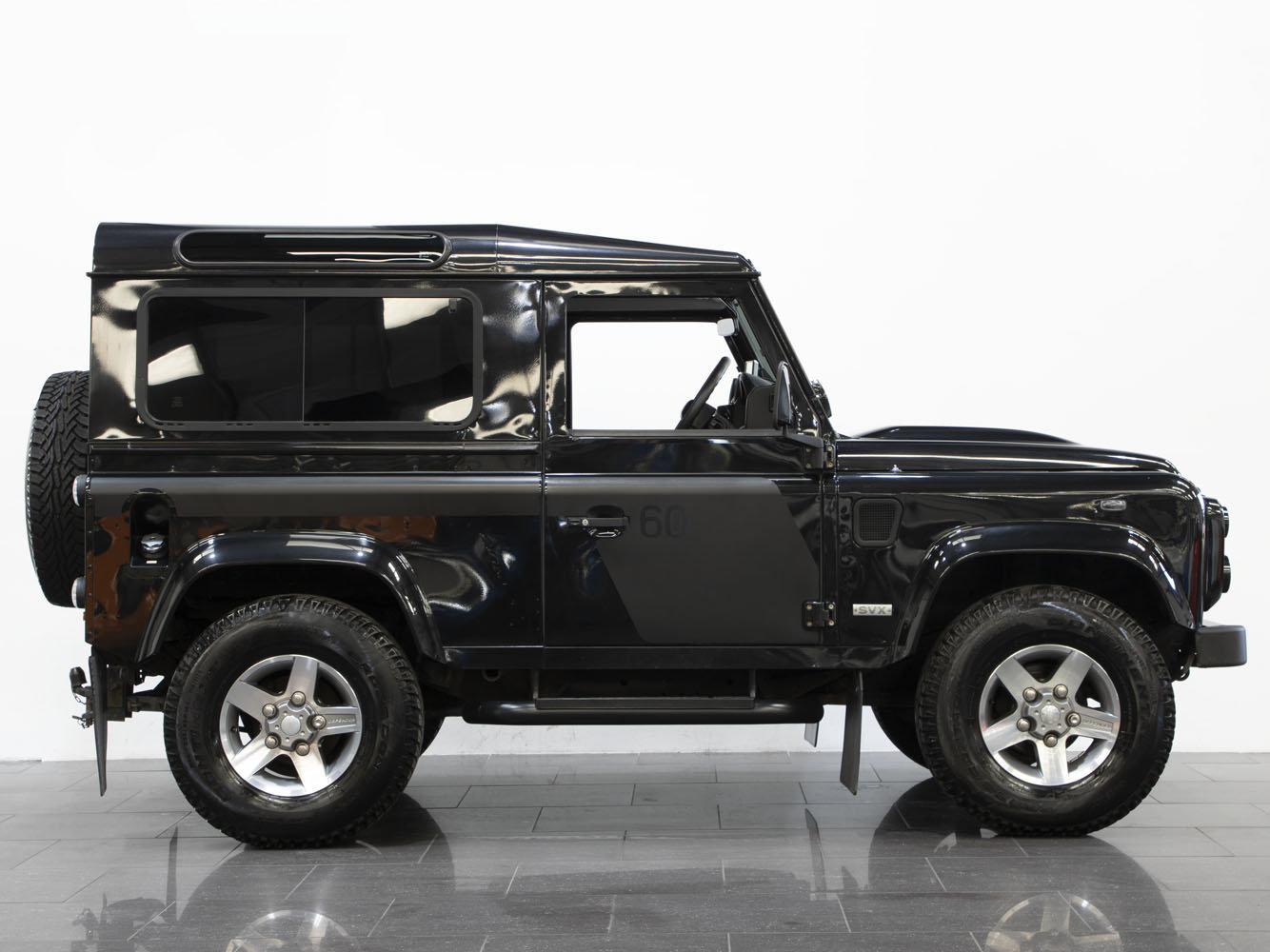 2008 08 58 LAND ROVER DEFENDER 90 SVX 60TH ANNIVERSARY EDITION For Sale (picture 2 of 6)