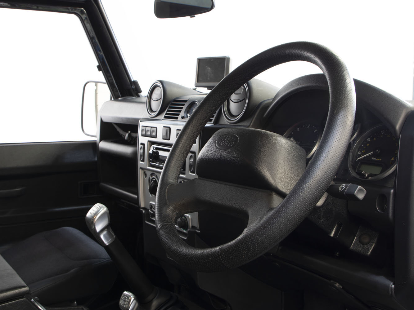 2008 08 58 LAND ROVER DEFENDER 90 SVX 60TH ANNIVERSARY EDITION For Sale (picture 5 of 6)
