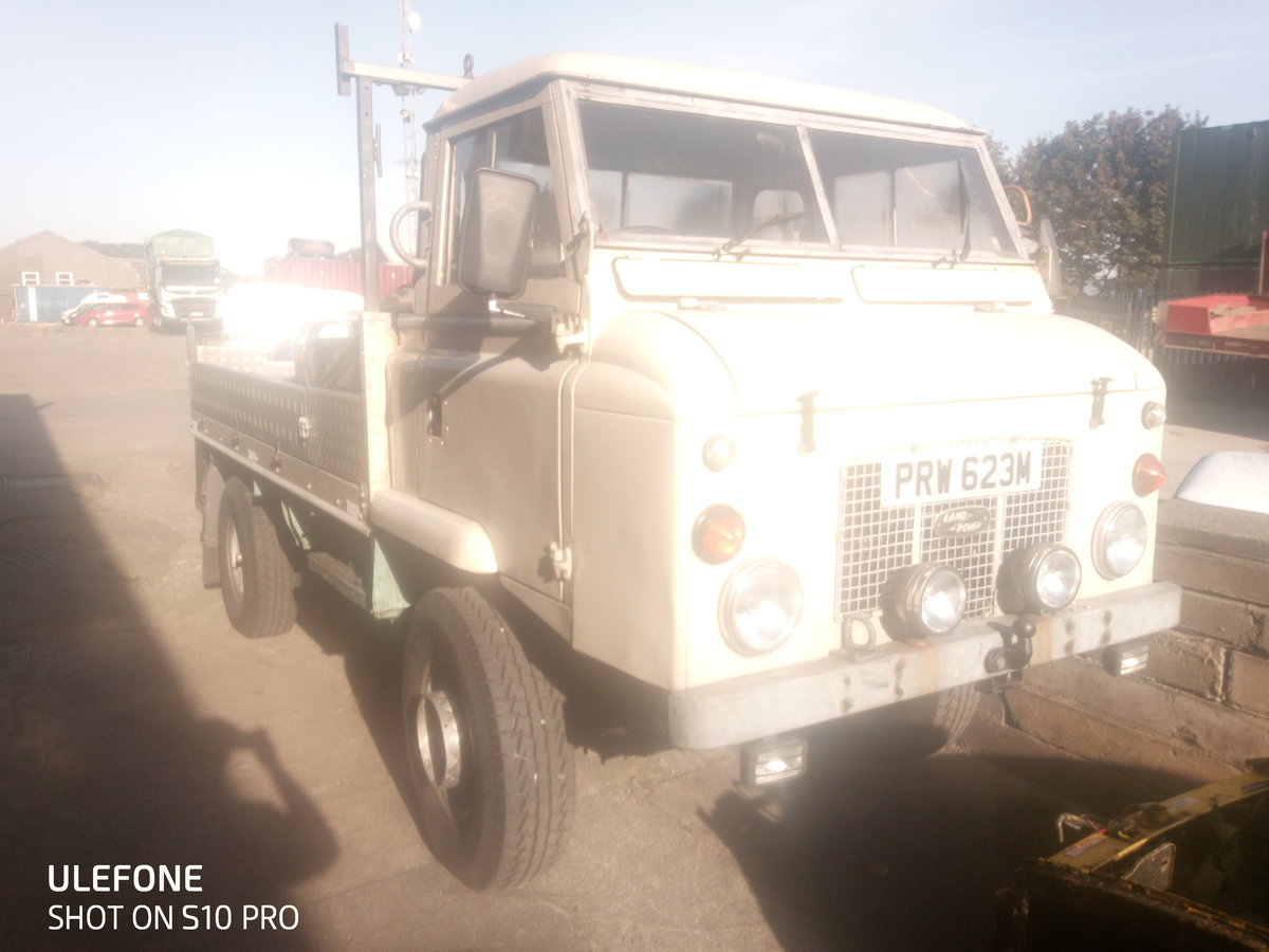 1972 Land Rover Series 2b rare For Sale (picture 1 of 4)