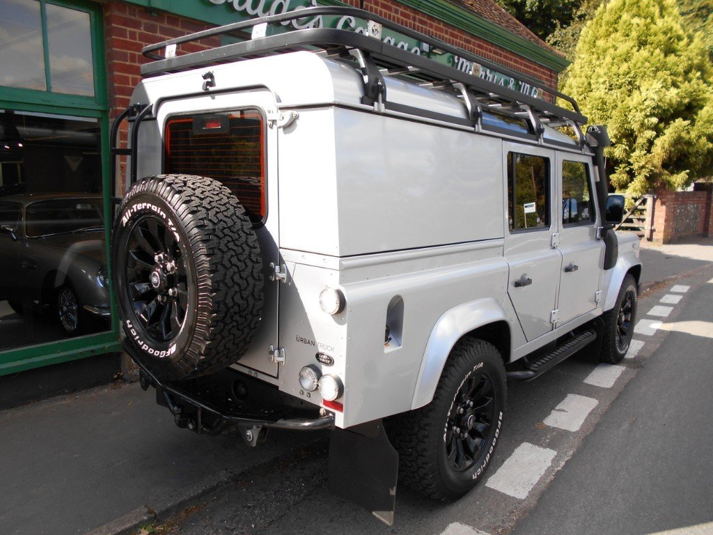 2015 Land Rover Defender TD XS Utility  For Sale (picture 3 of 4)