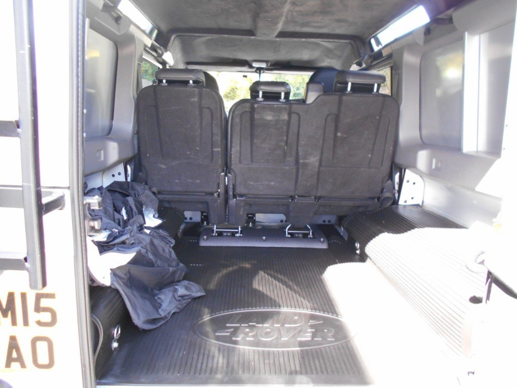 2015 Land Rover Defender TD XS Utility  For Sale (picture 4 of 4)