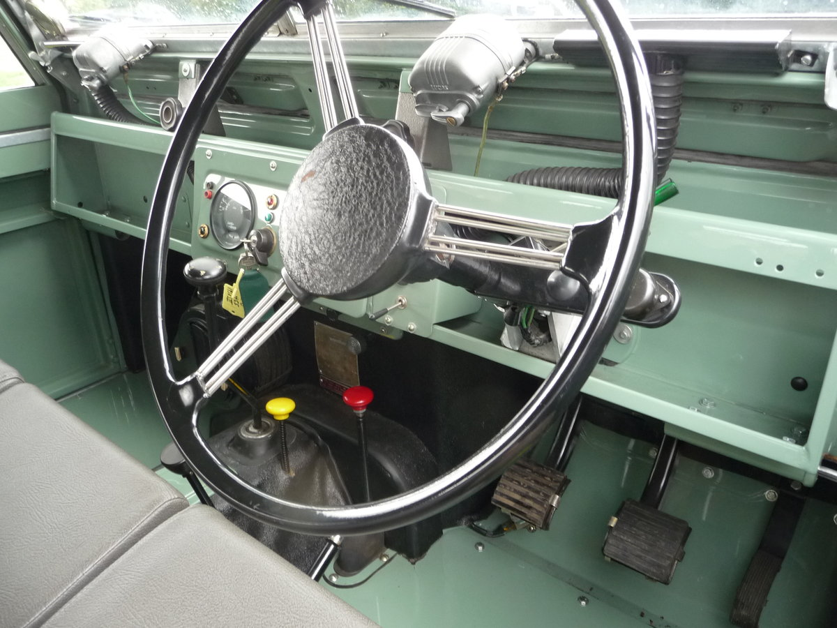 """1958 LAND ROVER SERIES 2 – """"MABEL"""" – FULLY REBUILT For Sale (picture 8 of 10)"""