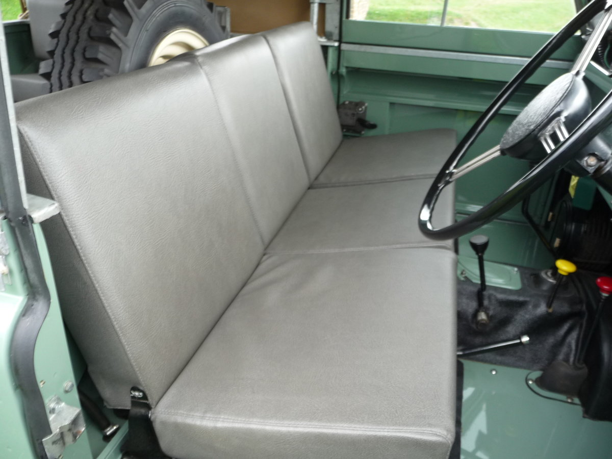"""1958 LAND ROVER SERIES 2 – """"MABEL"""" – FULLY REBUILT For Sale (picture 9 of 10)"""