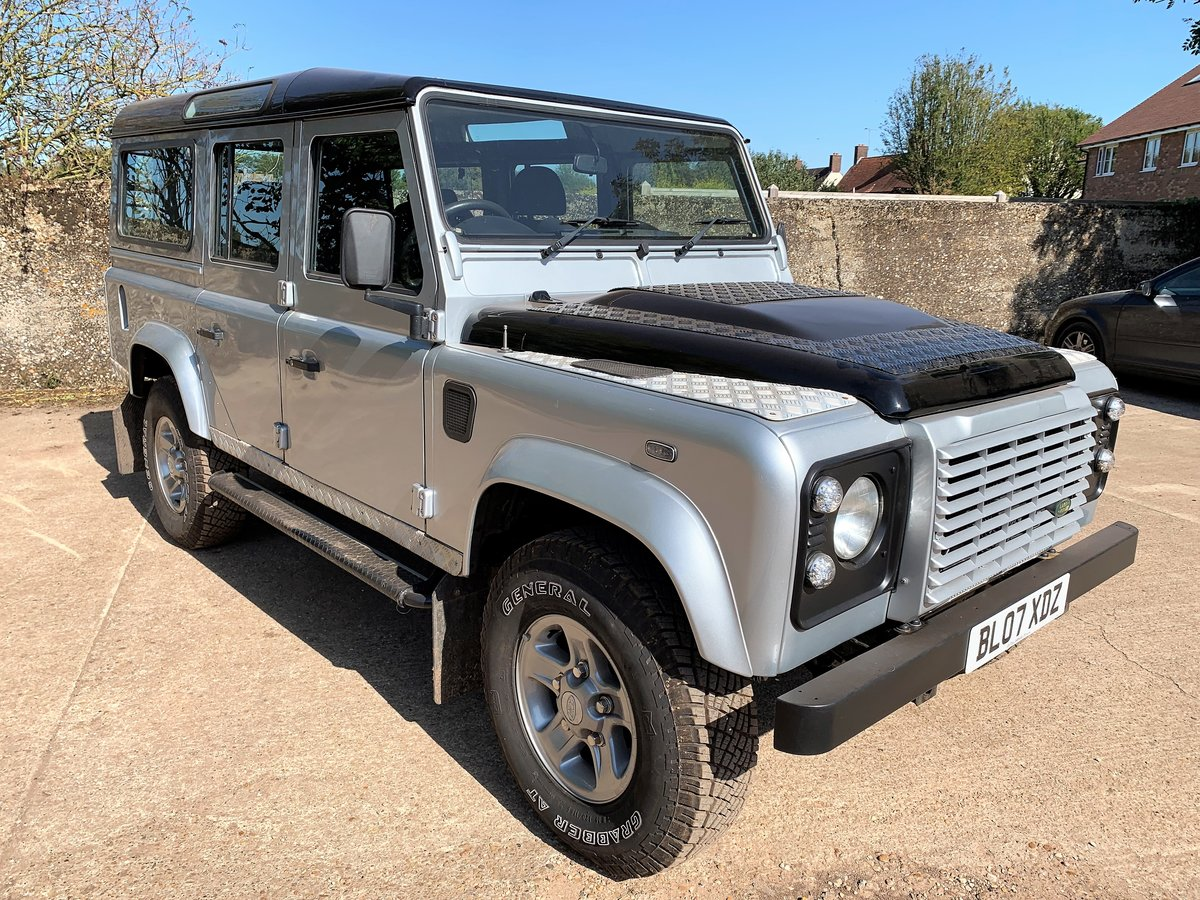 2007 Defender 110 TDCi XS station waqon +good history 75000m For Sale (picture 1 of 6)