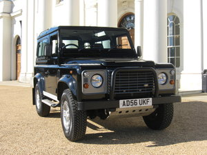 2007 Land-Rover Defender 90 County.