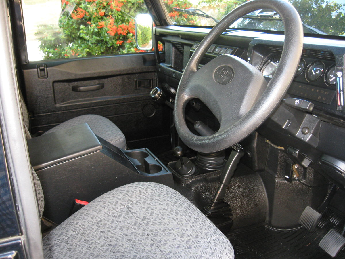2007 Land-Rover Defender 90 County. For Sale (picture 4 of 6)