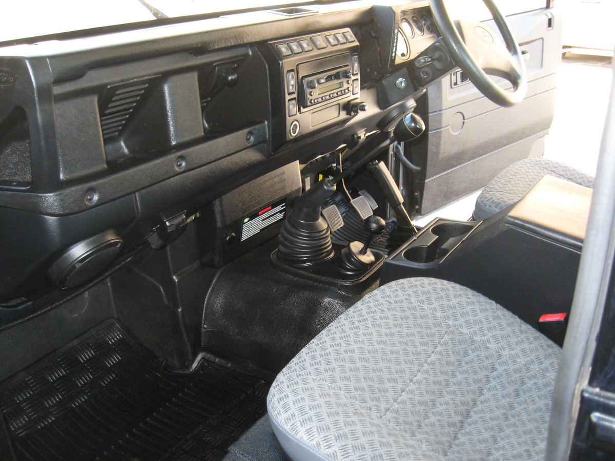 2007 Land-Rover Defender 90 County. For Sale (picture 6 of 6)