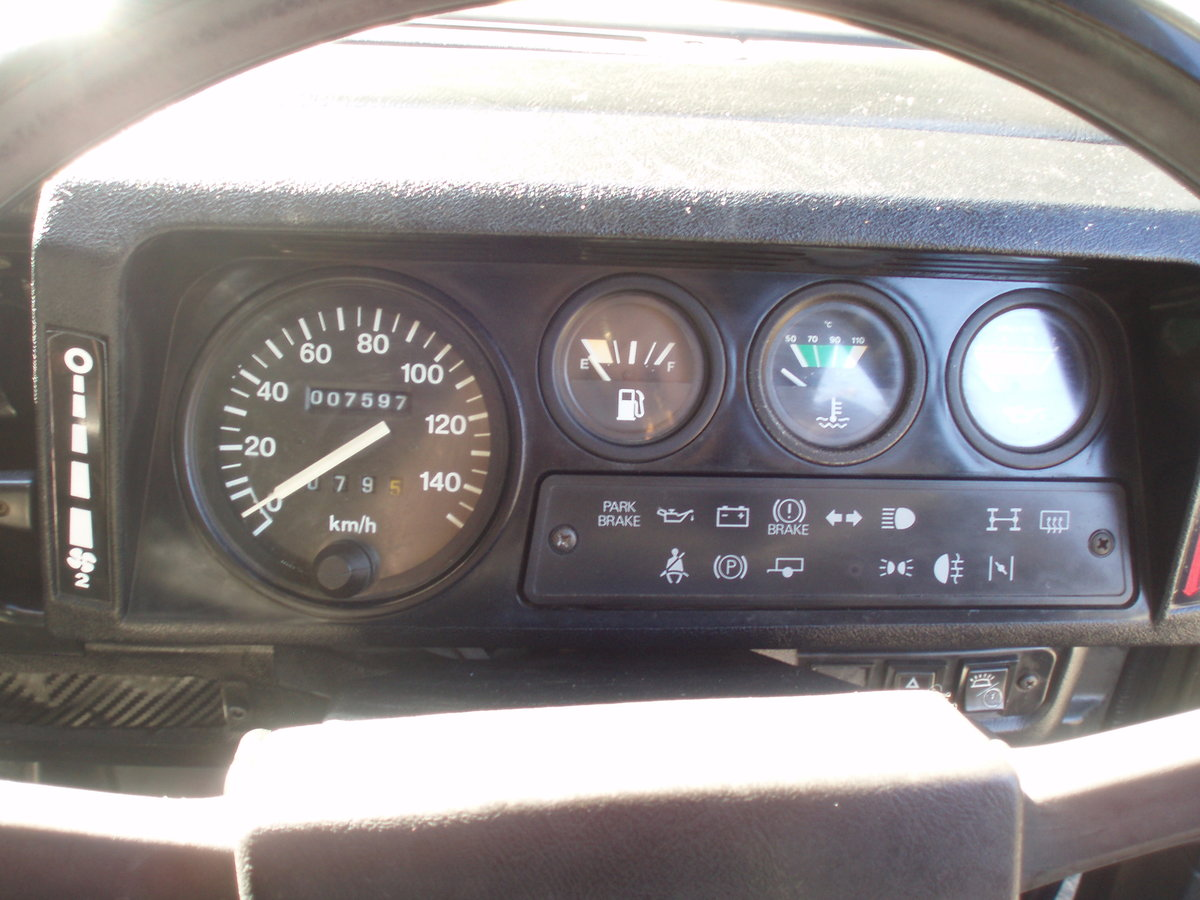 1989 Land Rover Defender 110, SAF Military  For Sale (picture 4 of 6)