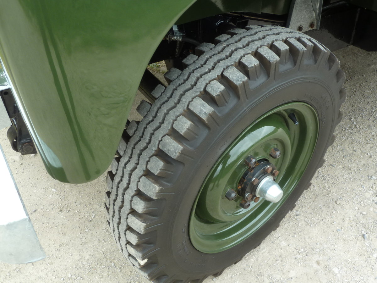 1962 LAND ROVER SERIES IIA – DIESEL – 63,000 MILES SOLD (picture 8 of 10)