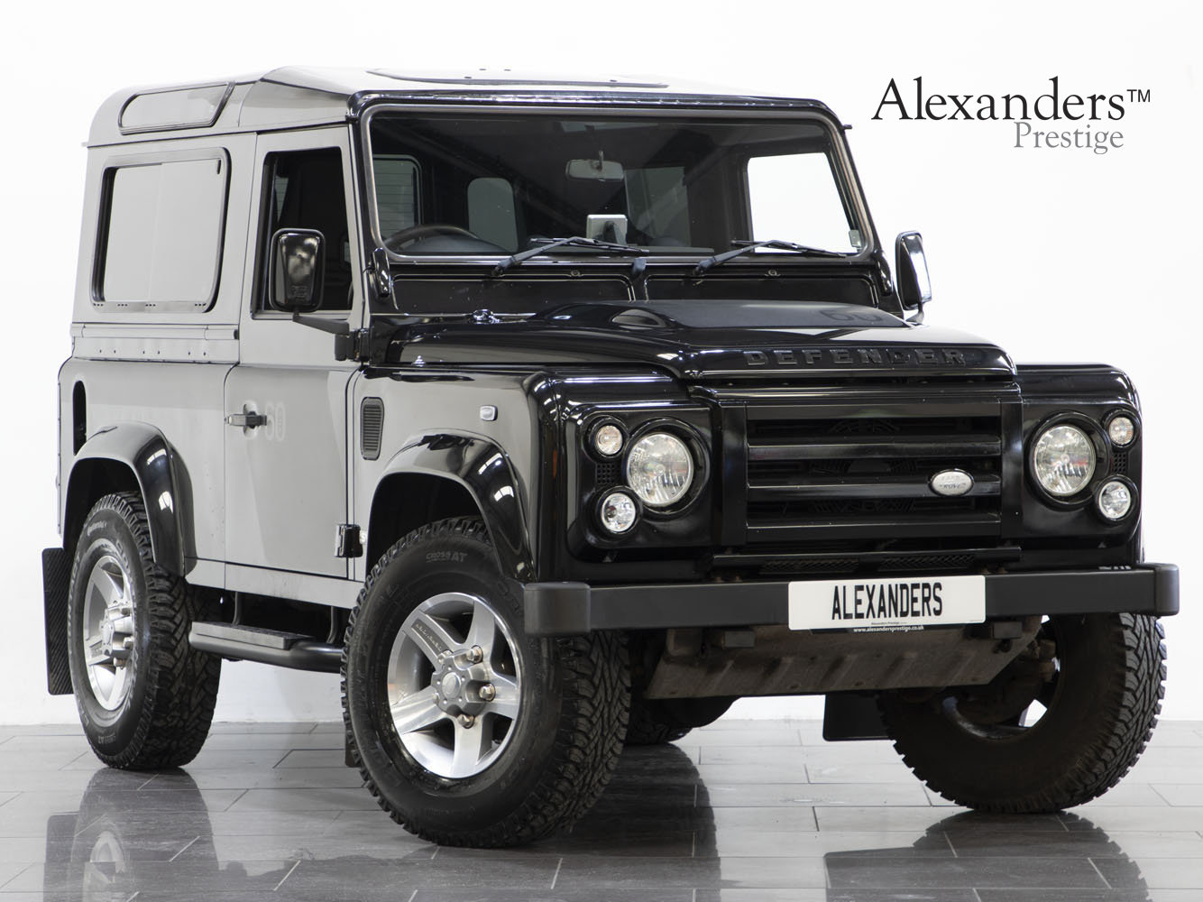 2008 08 58 LAND ROVER DEFENDER 90 SVX 60TH ANNIVERSARY EDITION For Sale (picture 1 of 6)