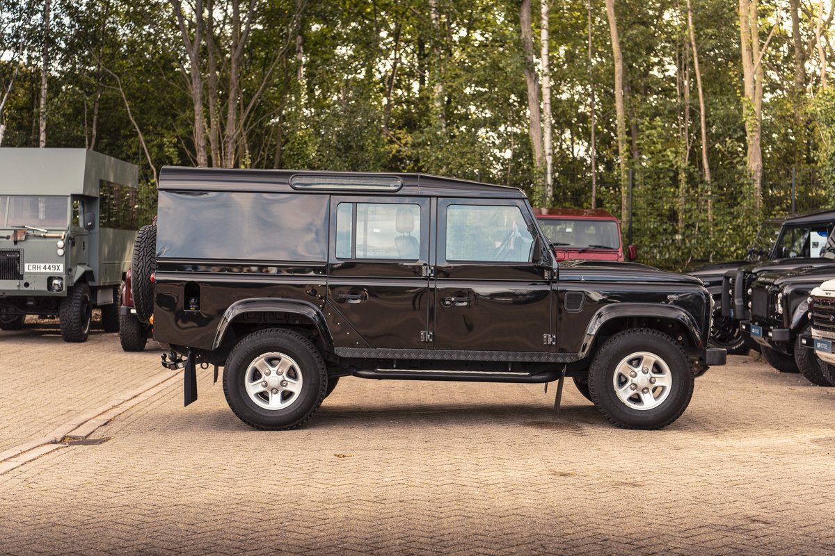 2015 Land Rover Defender XS Utility Wagon For Sale (picture 3 of 6)