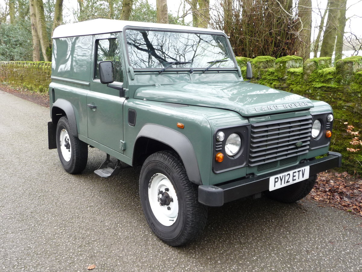 2012 LAND ROVER DEFENDER 90 HARD TOP – 28,000 MILES For Sale (picture 4 of 9)