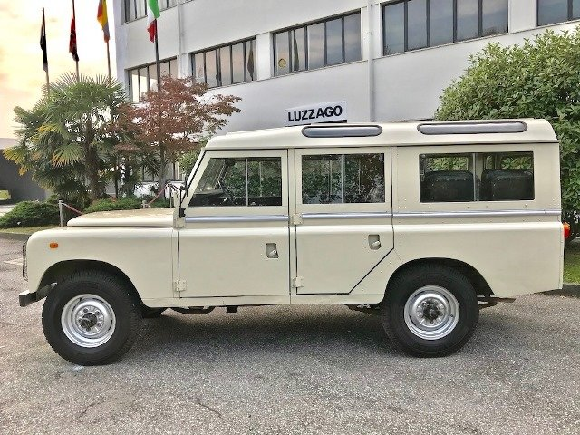 1980 LAND ROVER - 109 SANTANA ESPECIAL SERIE 3 For Sale (picture 3 of 6)