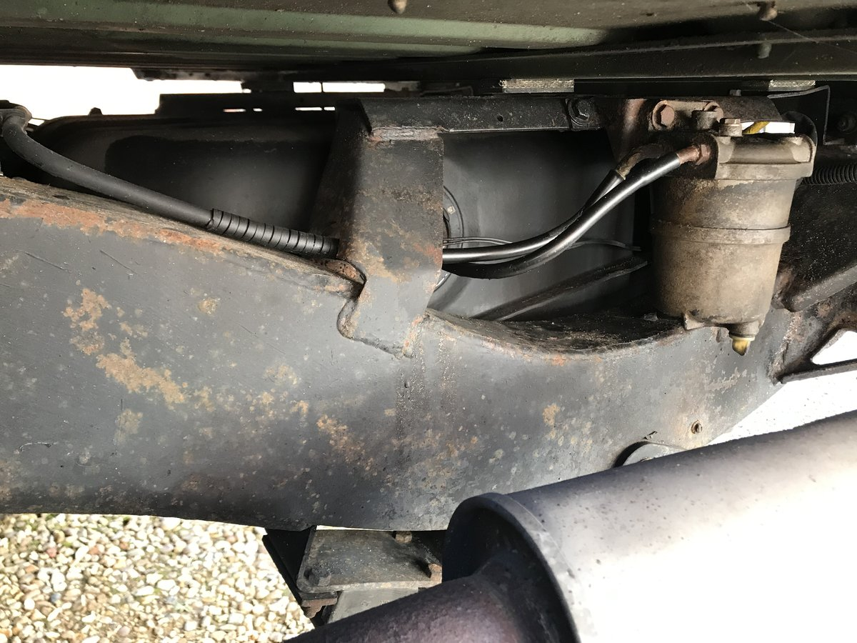 Land Rover Defender 130 LHD 1994 300tdi USA Exportable For Sale (picture 3 of 6)