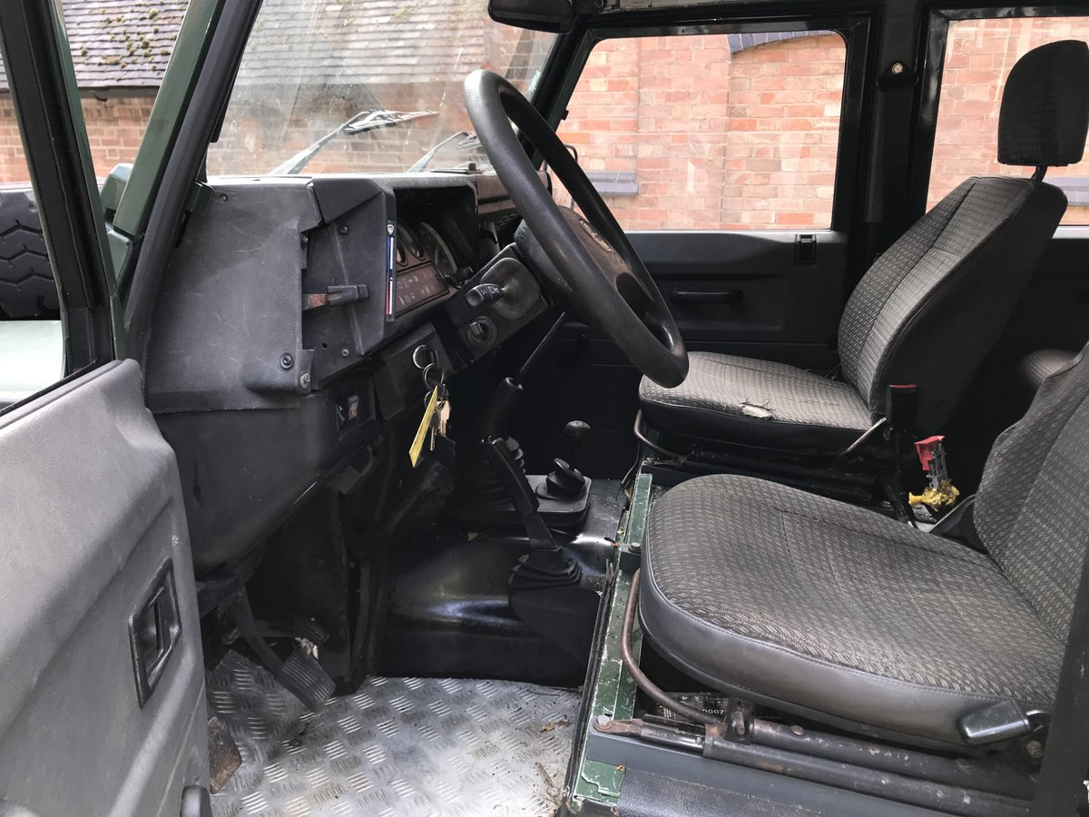 Land Rover Defender 130 LHD 1994 300tdi USA Exportable For Sale (picture 5 of 6)