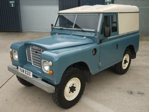 Picture of 1982 Land Rover Series III 88 Hard Top SOLD