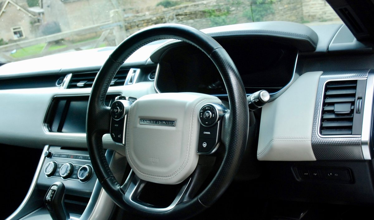 2016 RANGE ROVER SPORT 4.4 SDV8 AUTOBIOGRAPHY DYNAMIC For Sale (picture 4 of 6)