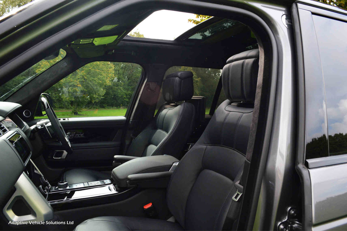 2019 Save £8000 - VAT Qualifying Range Rover Autobiography Hybrid For Sale (picture 5 of 6)
