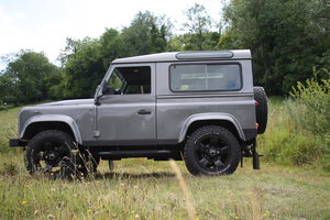 2014 90 Defender Stunning as new in Corris Grey 13k mil