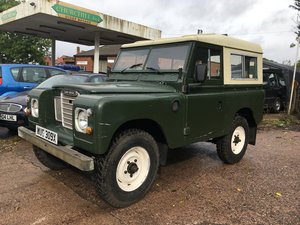 1981 Land Rover Series 3 new clutch and fuel tank For Sale