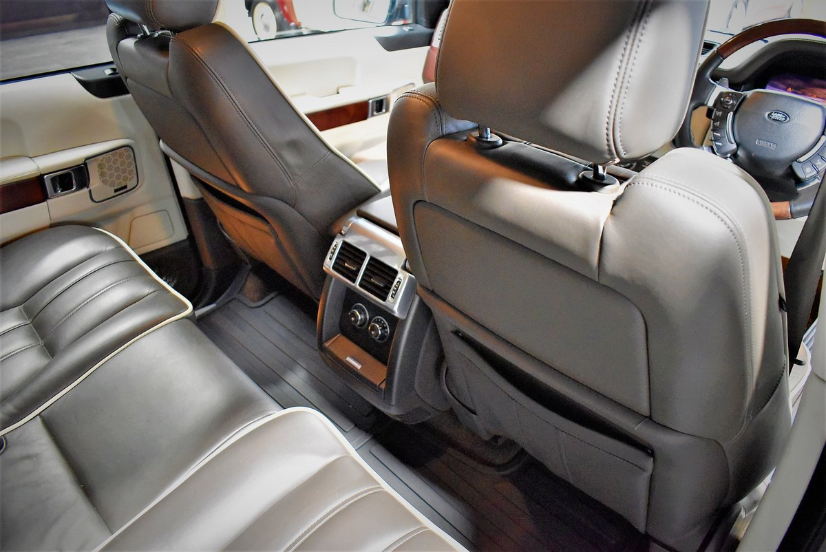 2010 Land Rover Range Rover Vogue For Sale (picture 5 of 6)