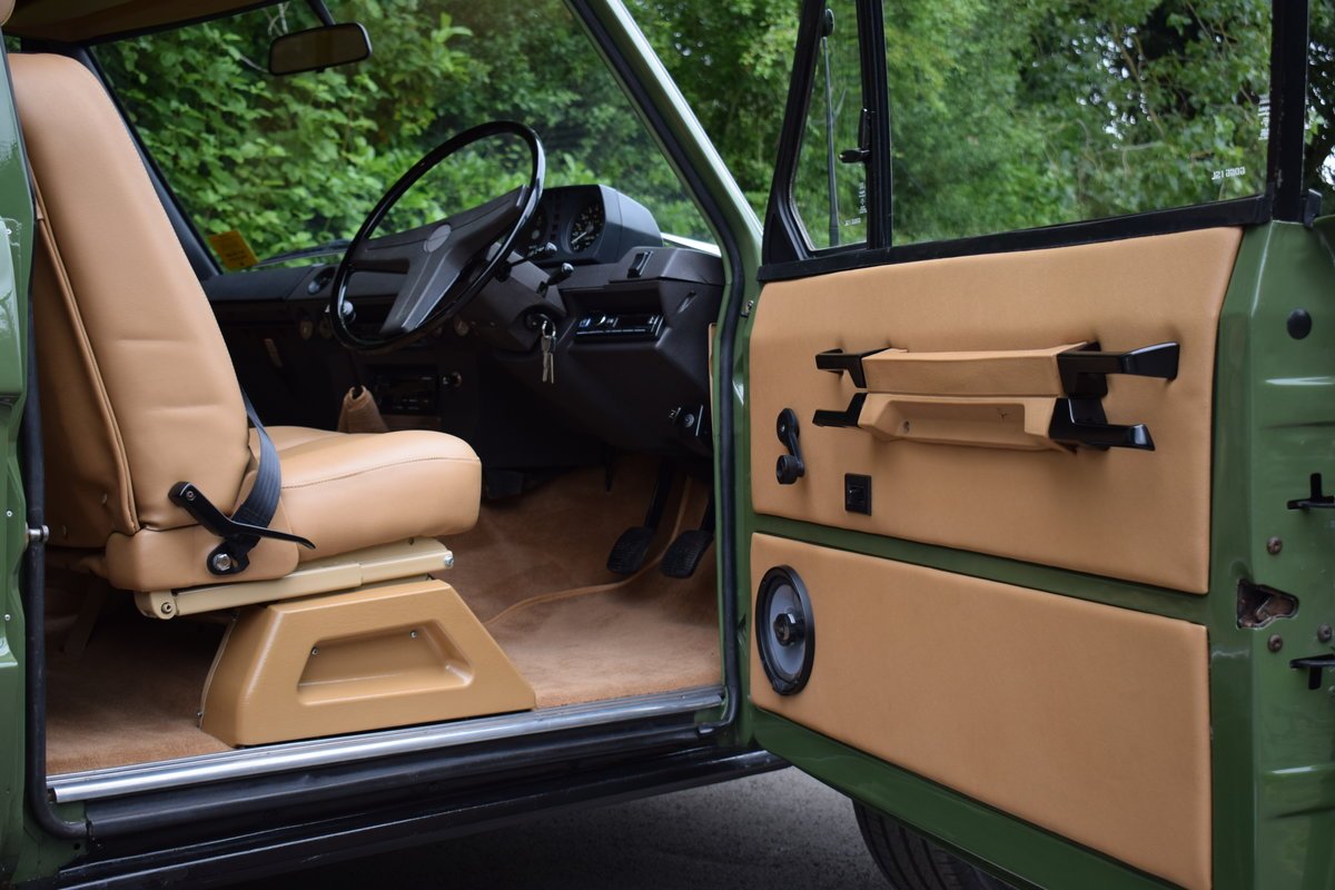 1972 RHD RANGE ROVER CLASSIC 2 DOOR SUFFIX A RESTORED TO R For Sale (picture 4 of 9)