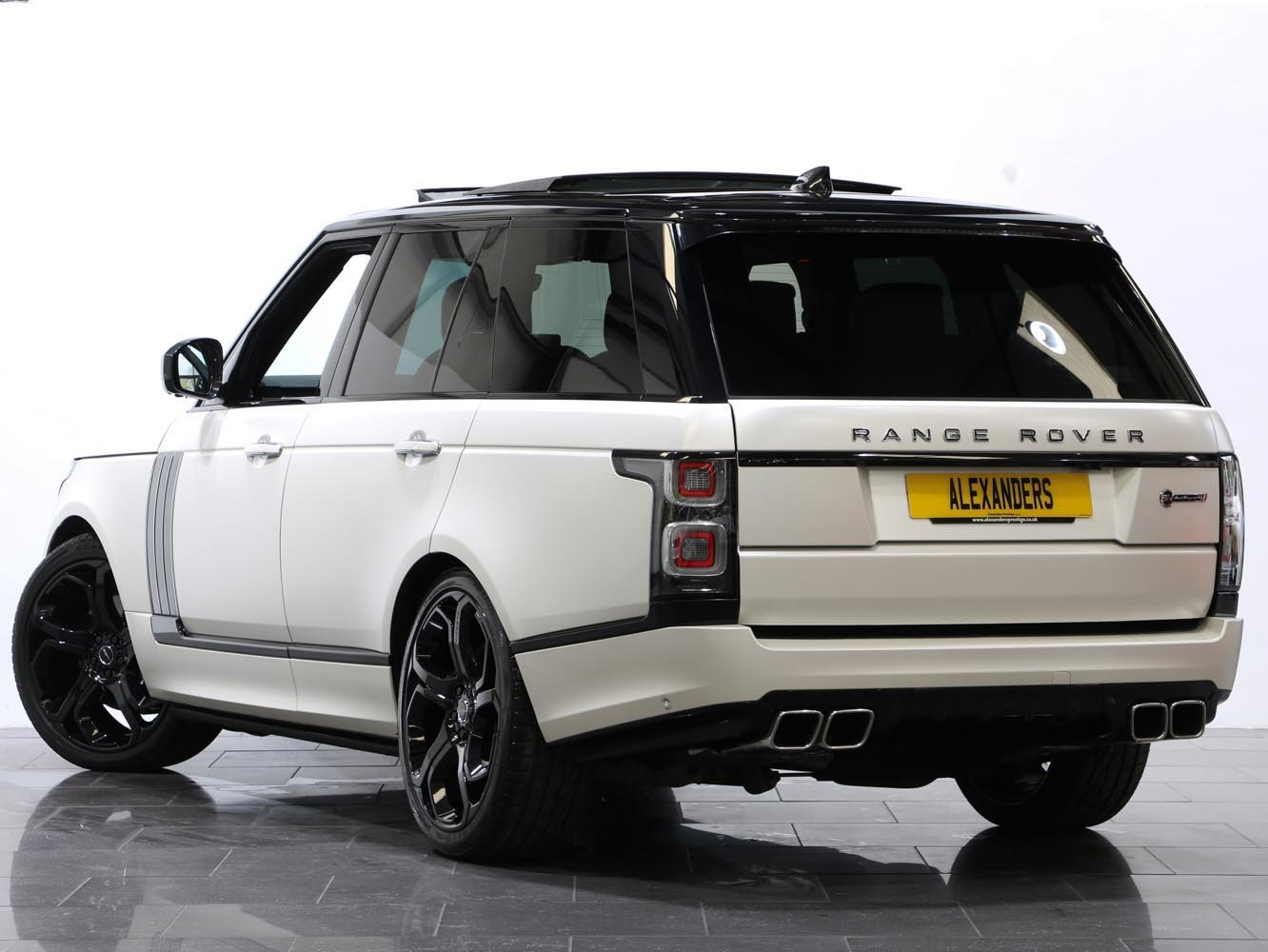 2018 18 18 RANGE ROVER SVAUTOBIOGRAPHY DYNAMIC AUTO For Sale (picture 3 of 6)