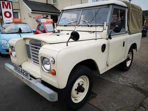1982 Landrover Series 3 soft top
