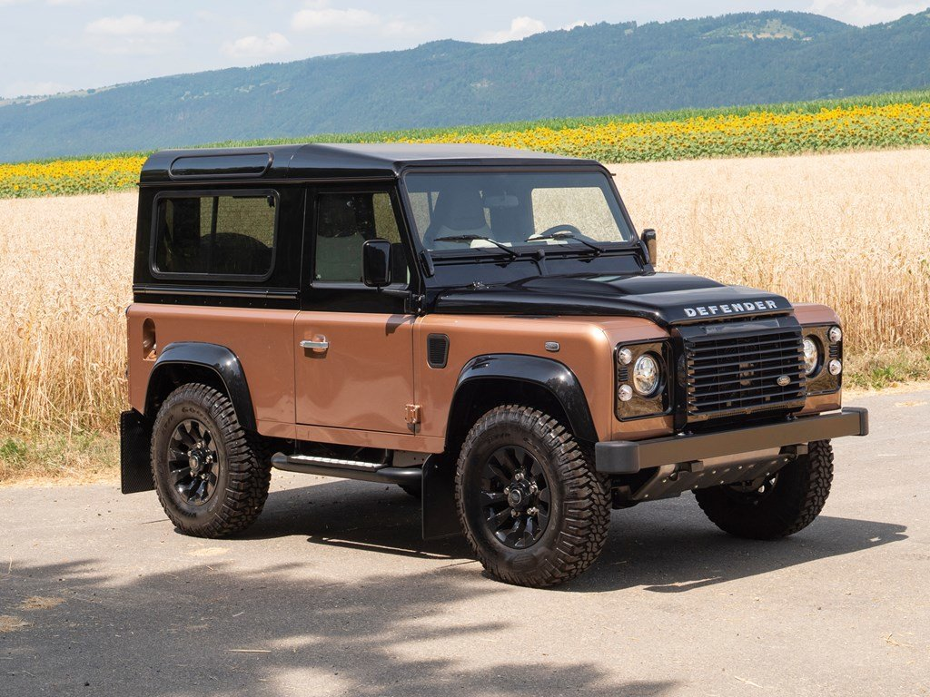 2016 Land Rover Defender 90 Autobiography  For Sale by Auction (picture 1 of 6)