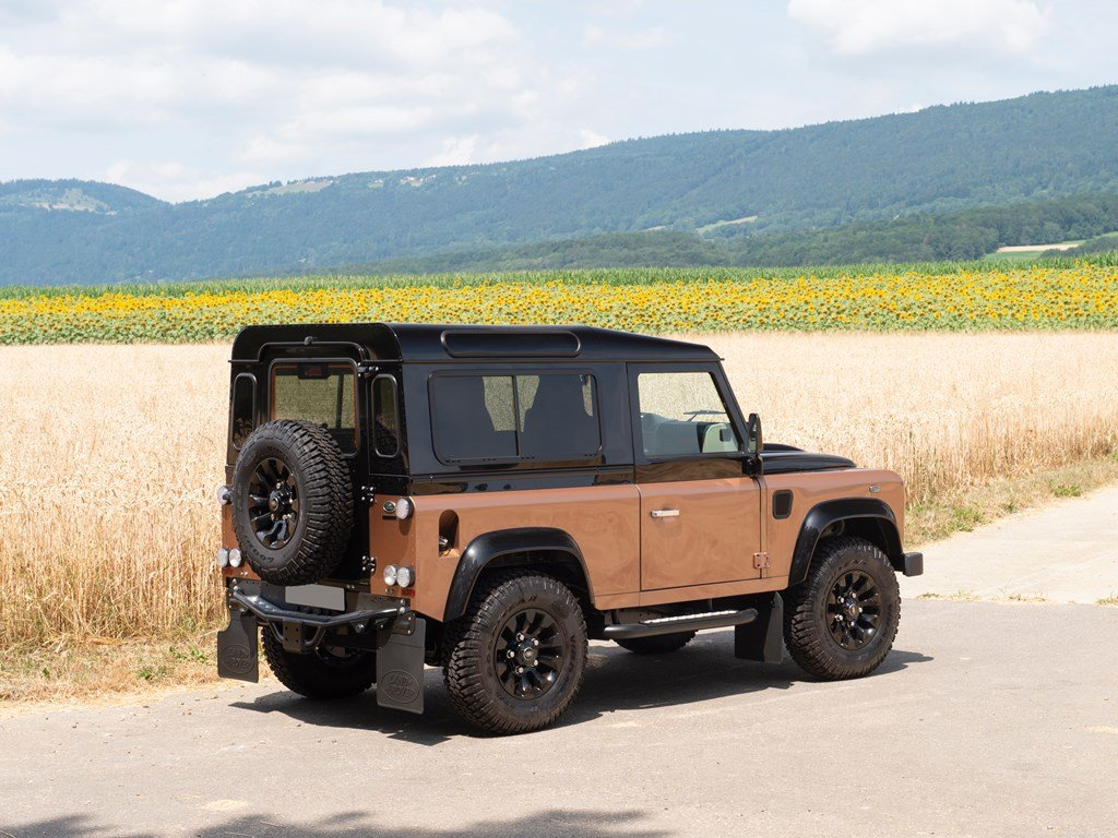 2016 Land Rover Defender 90 Autobiography  For Sale by Auction (picture 2 of 6)