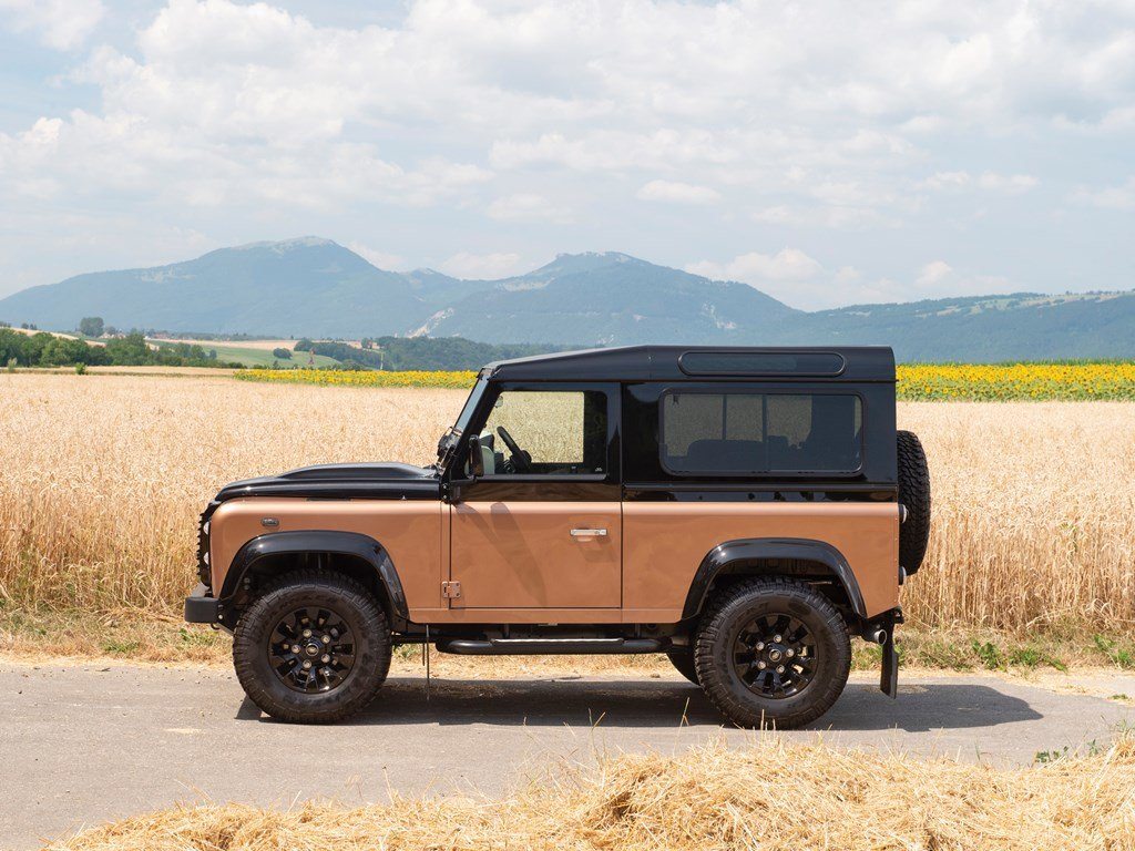 2016 Land Rover Defender 90 Autobiography  For Sale by Auction (picture 5 of 6)