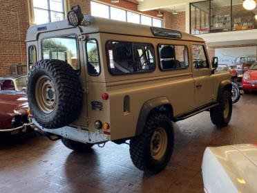 1985 Land Rover Defender 110 2.5 Liter Turbo Diesel (300tdi) For Sale (picture 2 of 6)