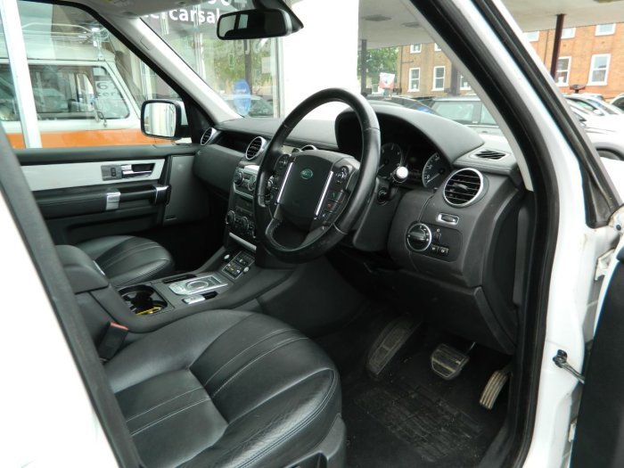 2011/61 LAND ROVER DISCOVERY 3.0 SDV6 255 XS AUTO 72343 MLS For Sale (picture 3 of 6)