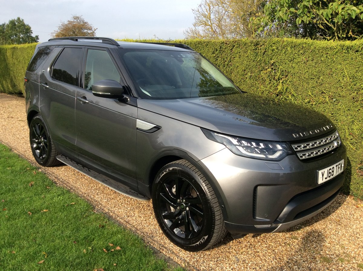 2019 Land Rover Discovery 5 Commercial 3.0 HSE + Rear Seats SOLD (picture 1 of 6)