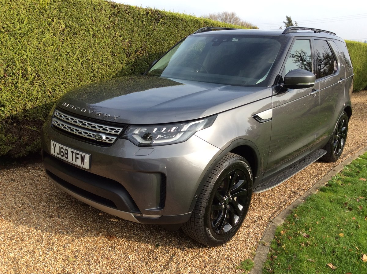 2019 Land Rover Discovery 5 Commercial 3.0 HSE + Rear Seats SOLD (picture 2 of 6)