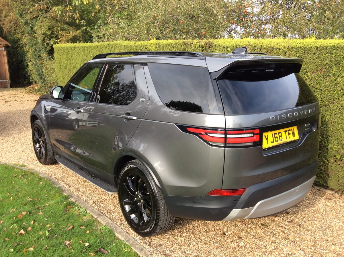 2019 Land Rover Discovery 5 Commercial 3.0 HSE + Rear Seats SOLD (picture 3 of 6)